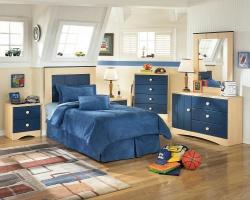 <p><em><strong>Комната для мальчика подростка. Зона сна , игровая зона.</strong></em></p>