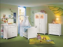 <p><em><strong>Дизайн комнаты для новорожденного. Ремонт и отделка.</strong></em></p>