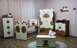 <p><em><strong>Kомната для новорожденных. Мебель&nbsp; Мишутка. Ремонт косметический.</strong></em></p>
