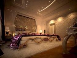 <p><em><strong>Ремонт спальни:&nbsp; дизайн спальни с элементами ковки.</strong></em></p>