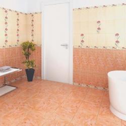 <p><em><strong>Дизайн плитки в ванной: ремонт и отделка</strong></em>.</p>