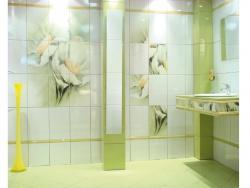 <p><em><strong>Дизайн плитки в ванной -&nbsp; Тема цветы.&nbsp; Ремонт и отделка.</strong></em></p>