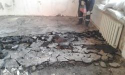 <p>Демонтажные и черновые работы в Москве. Возведение и штукатурка стен.</p>