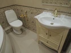 <p>Ванная совмещенная с туалет 3 кв м</p>