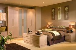 Отделка спальни в доме фото