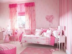 Красивая детская комната для довочки. В светло - розовых тонах.